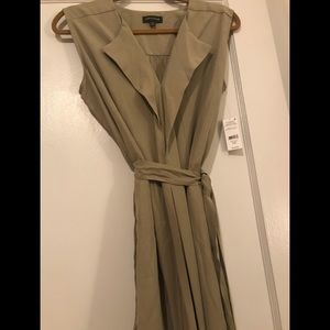 NWT Lord & Taylor 100% Lyocell midi dress